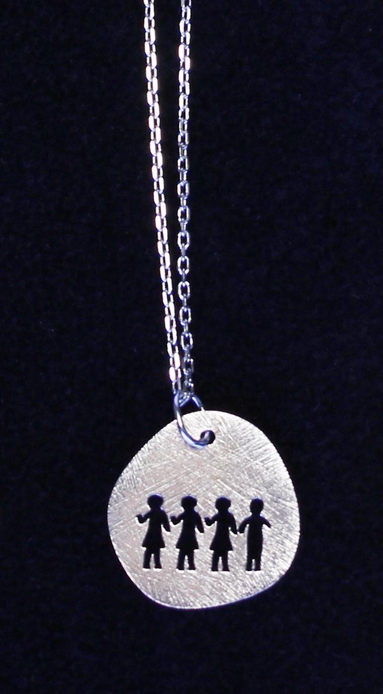 colecao familia twee colar netos
